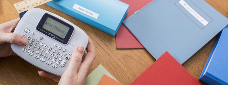 Créez et imprimez des étiquettes sur les imprimantes d'étiquettes Brother p touch directement à partir du périphérique